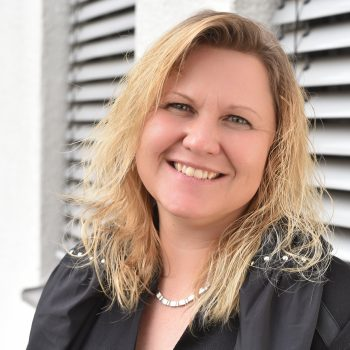 Sandra Bastian